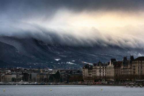 Sky-Tsunami