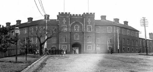 Barracks 1905.