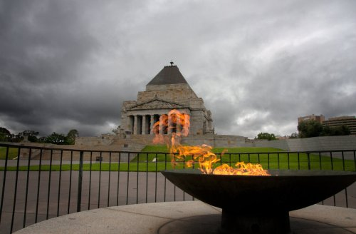 shrine_of_remembrance_with_eternal_flame_by_tiberius47-d4gis8u