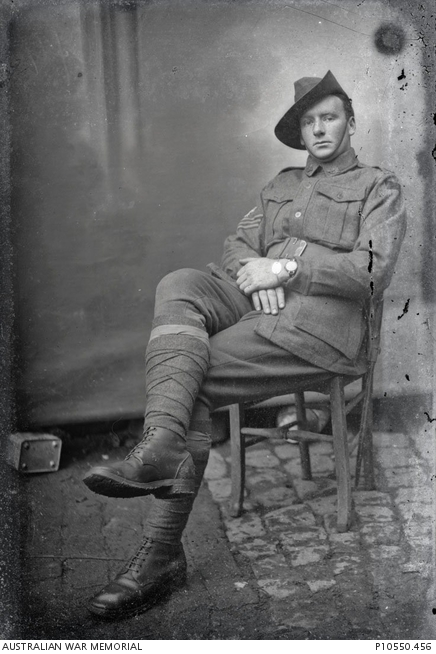 Vig First Aust Div Sgt Unidentified