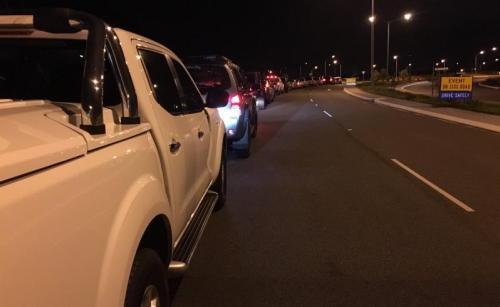 Cars queued on Dunreath
